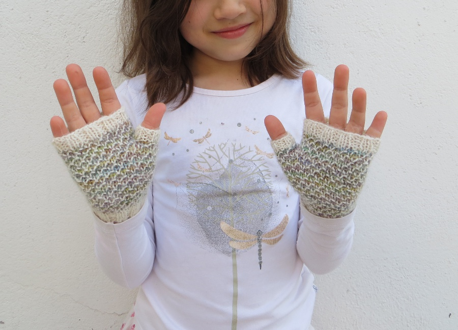 Spring-Thaw-Mitts-7-9Y-2-small