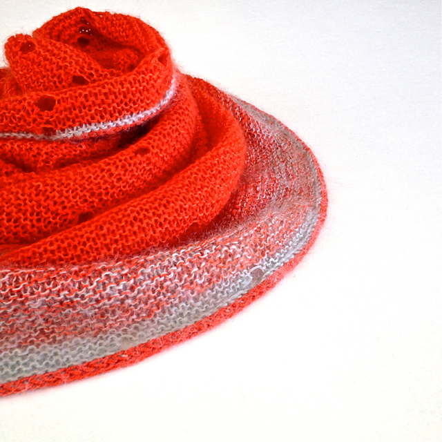 testknit-dotted-rays1